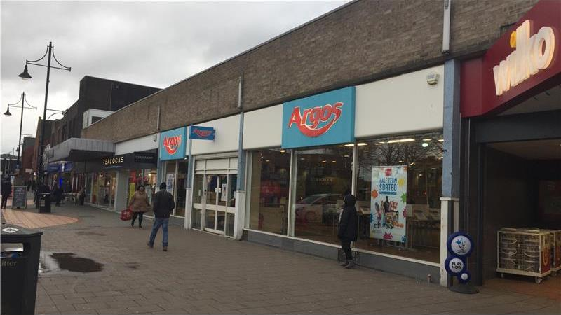 Ground Floor Retail To Let in Arnold