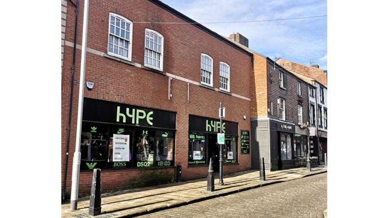 Retail premises with ancillary accommodation