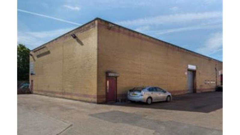 Self Contained Warehouse/Industrial Units To Let i