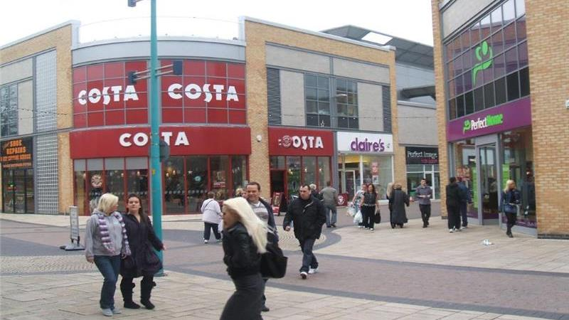Leasehold - Shop in Cavendish Walk, Huyton