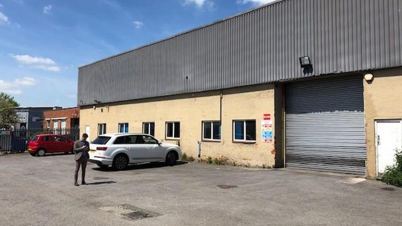 Warehouse Unit with Offices