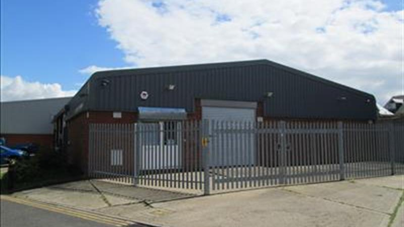 Industrial / Warehouse Unit with Secure Yard
