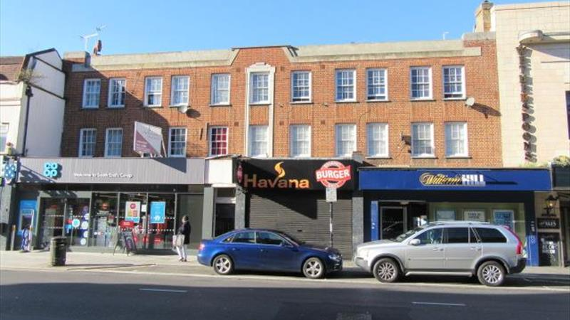 Retail/Office Premises With Excellent Frontage