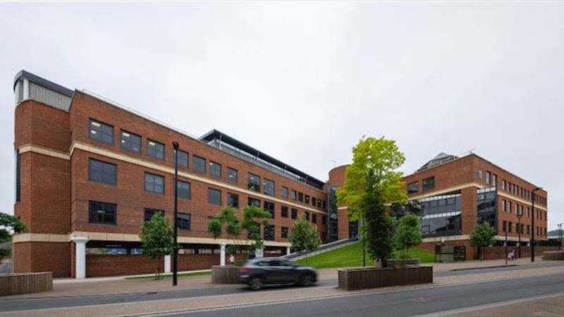 Refurbished Office Building To Let