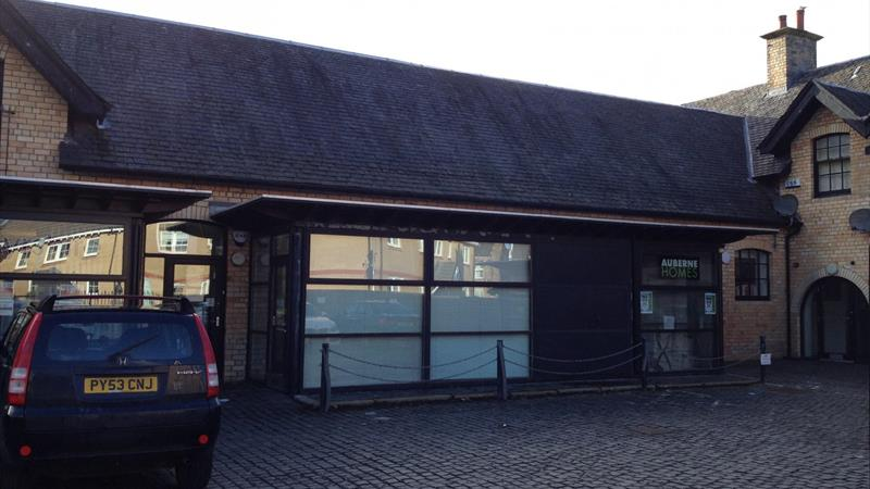 High Quality Office Unit To Let