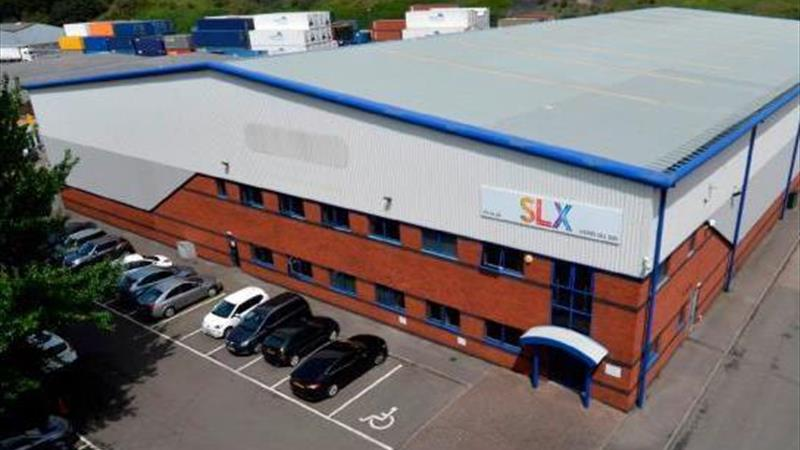 Detached Warehouse With High Specification