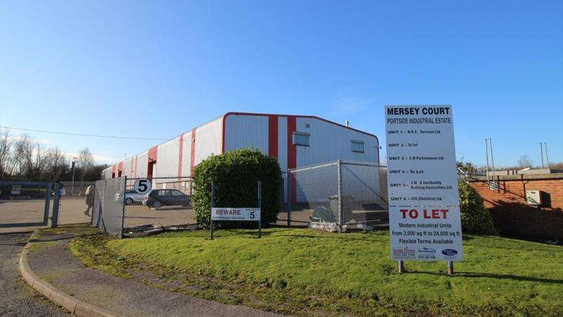 6 Industrial Units With External Space