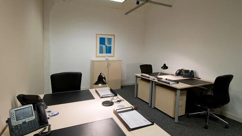 Private office (different sizes available)