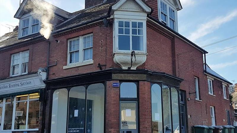 Ground Floor Shop/Office To Let